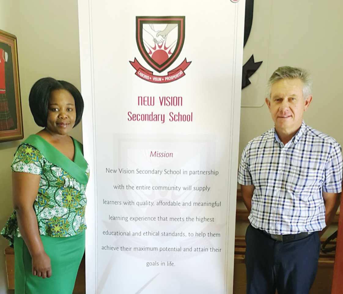 The new principal and deputy principal of New Vision Secondary school have been announced. Maliphehlo Maoeng is principal and Jaco Swartz the deputy principal.